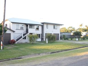 LARGE 8 BEDROOM FAMILY HOME - PRICED FOR QUICK SALE !! - Innisfail