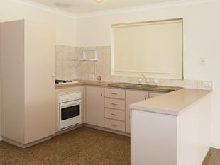 LOVELY NEAT, CLEAN AND TIDY HOME - Ballajura