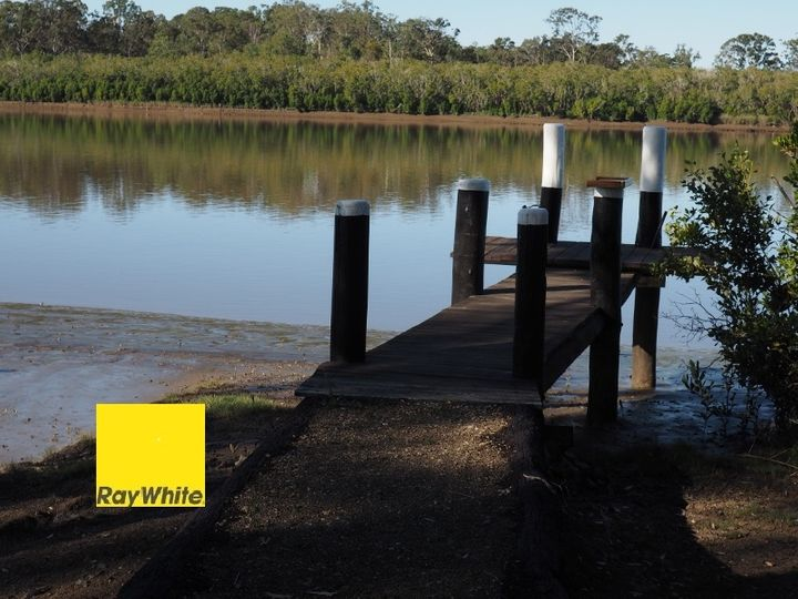 698 Walkers Point Road, Walkers Point, QLD