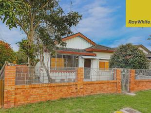 Ouick Sale!! Corner Position Large Family Home - Convenient Location - Punchbowl