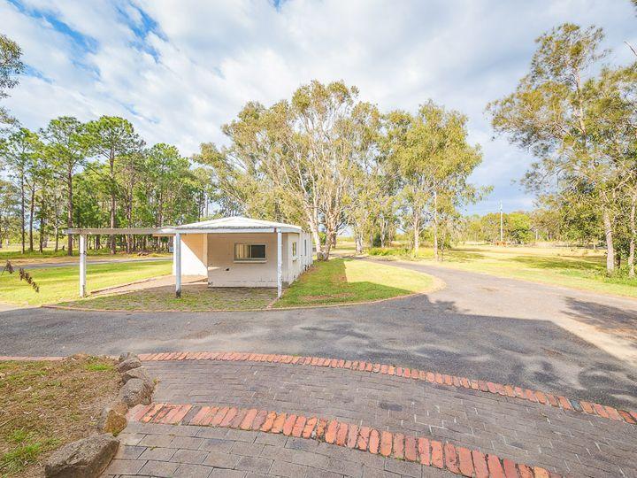 768 Beachmere Road, Beachmere, QLD