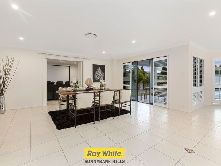 38 The Parkway, Stretton, QLD