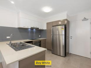 Close to Brand New 2-ROOM APARTMENT IN 5 STAR LOCATION! - Upper Mount Gravatt