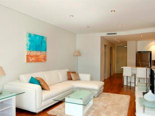Modern 2 Bedroom Apartment With Quiet Leafy Outlooks - Wahroonga