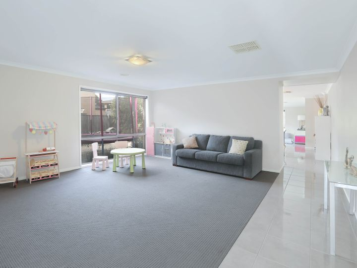 41 Centreside Drive, Torquay, VIC