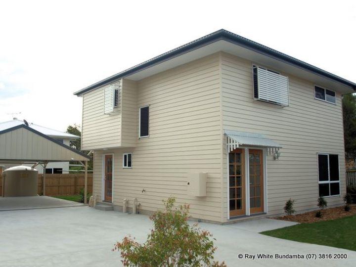 25 Russell Street, Silkstone, QLD