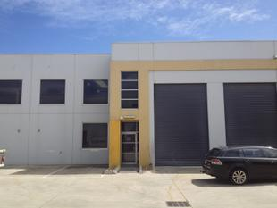 MODERN WAREHOUSE WITH EXCELLENT HEIGHT  UNBEATABLE LOCATION! - Moorabbin