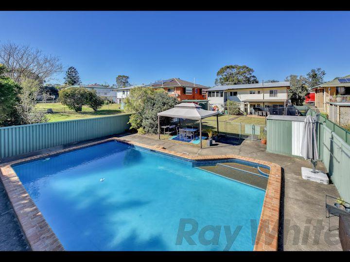 25 Mary Street, Bundamba, QLD