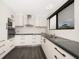 Location, Lifestyle and Fully Renovated! - Kirwan