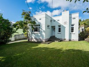 2 Bedroom Art Deco House - Morningside