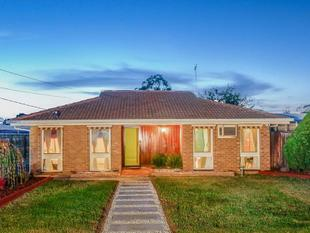 Beautiful Family Home in a Fantastic Location - Hoppers Crossing