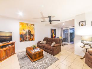 Renovated Benowa Townhouse  Move In Ready - Benowa