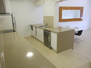 Contemporary Apartment  in Business Centre - Longreach
