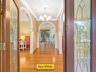 Immaculate Home With Charm And Elegance In Sunnybank Hills State School Catchment - Sunnybank Hills