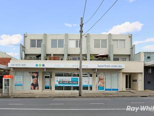 LEASING OPPORTUNITY WITH SUPERB FIT-OUT AND EXPOSURE! - Bentleigh East
