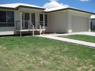 Well designed, Near New Home on 1,041 M2 - Taroom
