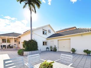 HIGH QUALITY HOUSE  IN THE BEST STREET IN GREENACRE FOR SALE - Greenacre
