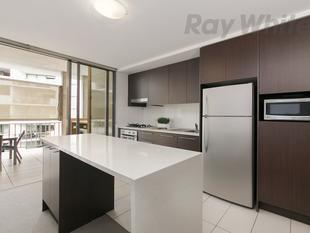 APARTMENT LIVING AT IT'S BEST!!!!!! DIRECTLY OPPOSITE QUT! - Kelvin Grove