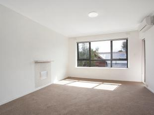 WARM AND COZY APARTMENT - Caulfield North
