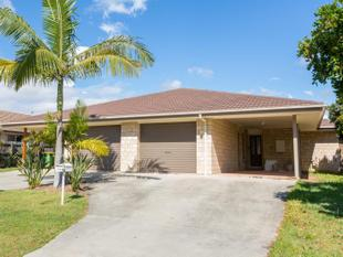MODERN DUPLEX CLOSE TO M1 - Pimpama
