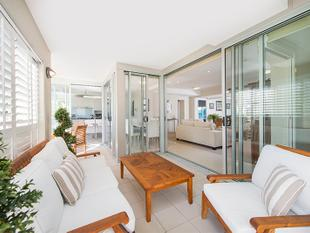 Live a Life of Luxury in This Stunning Apartment - Mermaid Beach