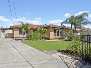 3 Bedrooms PLUS a self contained Teenagers Retreat! - Semaphore Park