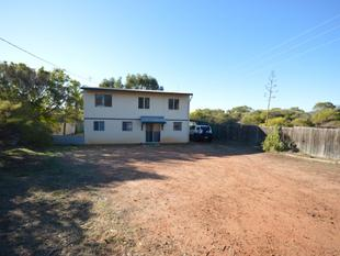 QUIET AREA NEXT TO GOLF LINKS - Kalbarri