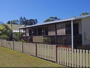 Charming Three Bedroom Cottage by the Seaside - Culburra Beach