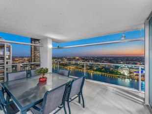 178sqm 3 bed + study sub-penthouse with incredible views! - Brisbane