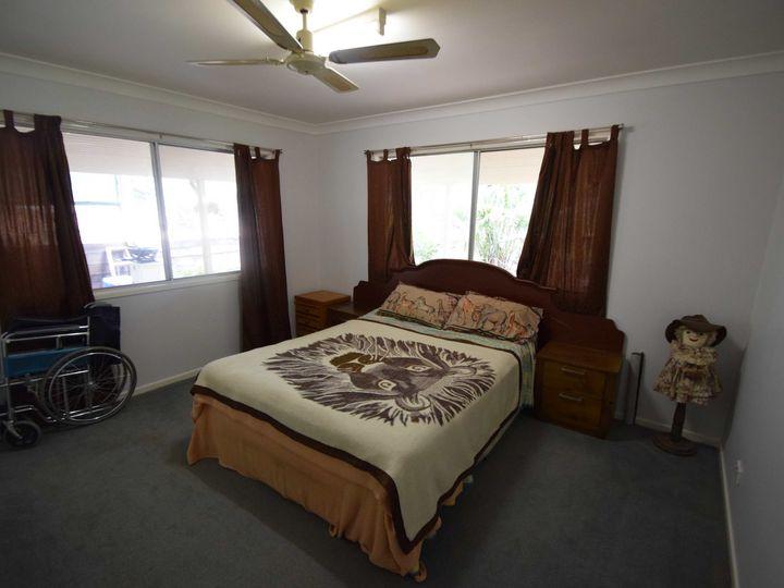 122 Pine Crescent, Esk, QLD