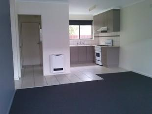 REFURBISHED 2 BR UNIT - INCLUDES WATER USAGE - Morwell
