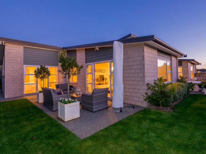 10 Otupoa Way, Paraparaumu Beach, Kapiti Coast District