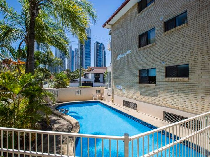 13/26 Stanhill Drive, Surfers Paradise, QLD