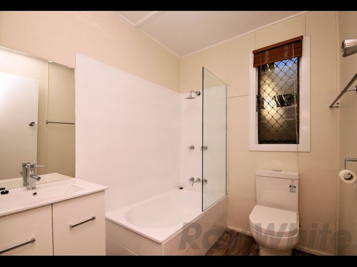 49 John Street, Bundamba, QLD