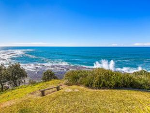 RARE COASTAL OPPORTUNITY - 917m Oceanfront Reserve with 3 Bedroom Cottage. - Wombarra