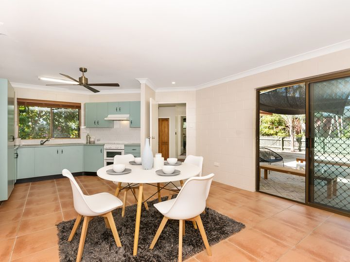 2 Manuka Court, Bushland Beach, QLD