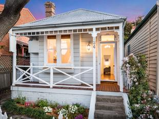 Character cottage with a fresh & bright feel - Leichhardt
