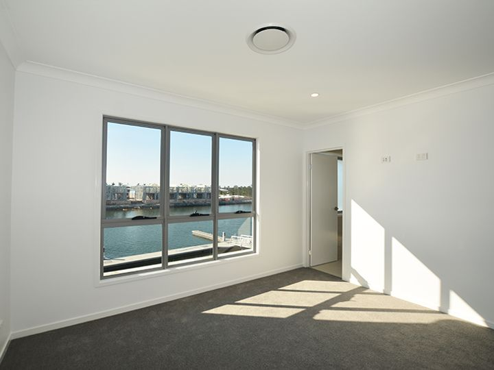 8/156 Marina Quays Boulevard, Hope Island, QLD