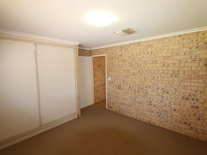 4 Hood Street, Charleville, QLD