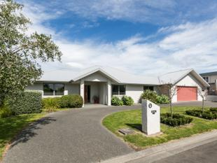 Fabulous Home - Rural Outlook! - Havelock North