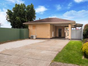 GREAT INVESTMENT..SOLID BRICK  Flat Corner Block, First Homes Buyers ..Park at least 4 cars, room for caravan/motorhome - Para Vista