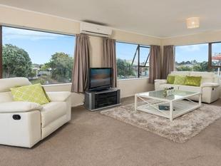 Beach Belle - Lawns/Gardens included in rent - Mount Maunganui