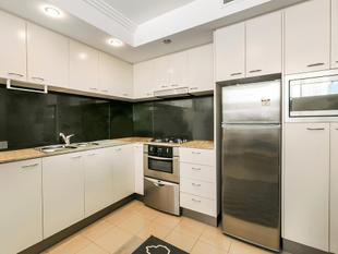 Fully Furnished Apartment on Mary - 1 Bedroom + Study - Brisbane
