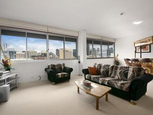 Top Floor Penthouse - Facing East and Loving It - Spring Hill