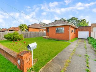 BEAUTIFUL 3-BEDROOM HOUSE!!!! - Merrylands