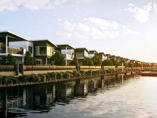 Santa Monica - New Luxury Waterfront Homes in Prime Location - Hope Island