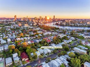 LOOKING FOR LOCATION? THEN LOOK NO FURTHER! - East Brisbane