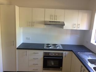 Brand new kitchen. Brand new paint - Westmead