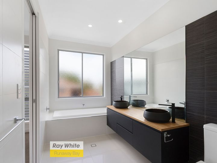 1and2/33 Parr Street, Biggera Waters, QLD
