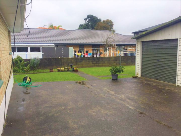 2/96 East Tamaki Road, Papatoetoe, Manukau City